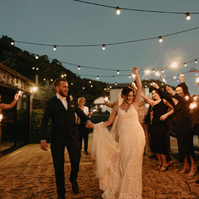 Showstopping Wedding Moments _ Showstopping Wedding Details _ Sparklers